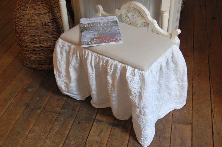 lovely skirted vanity stool