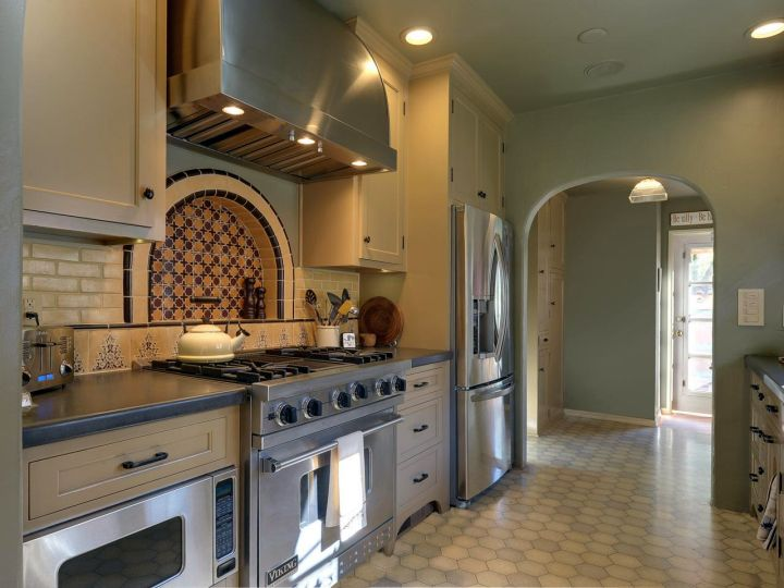 mediterranean kitchen designs in olive and gray