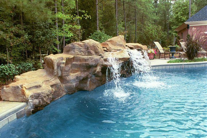 natural large pool waterfall ideas