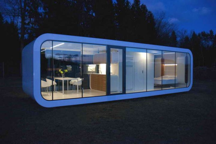 18 Contemporary Mobile Homes That Are Literally Handy