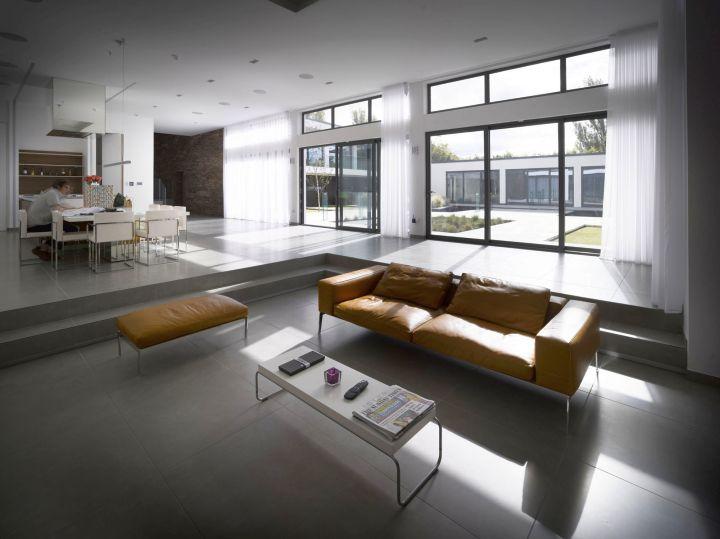 regent road house living room