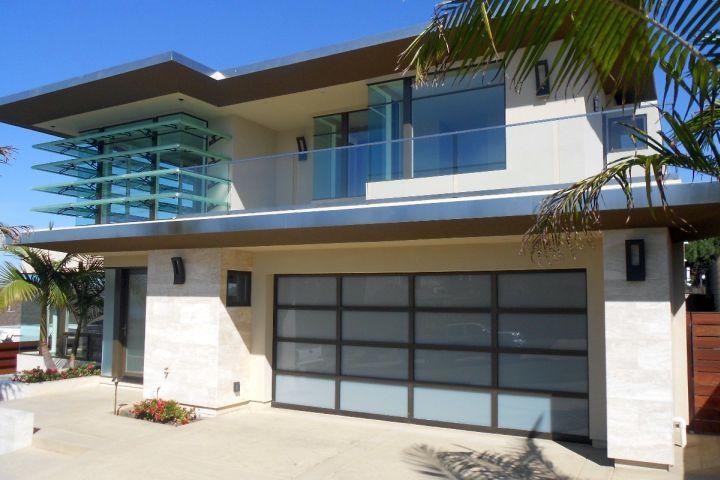 simple contemporary garage