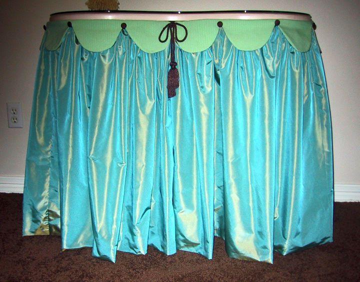 skirted vanity stool in blue