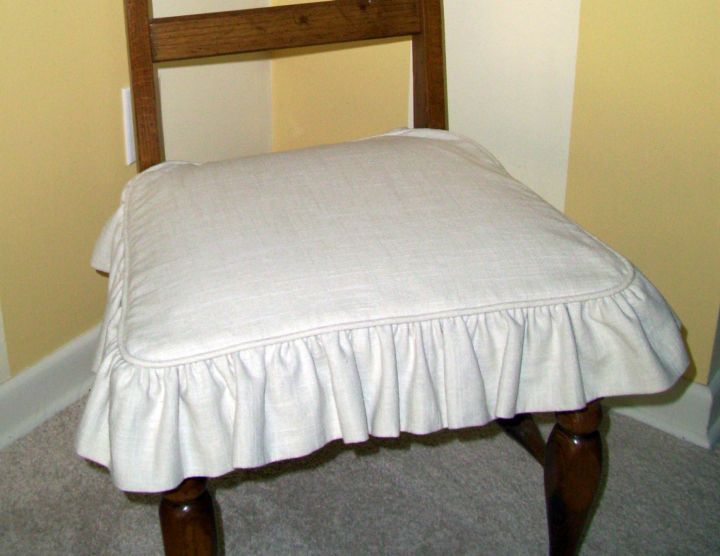 skirted vanity stool with linen slip on