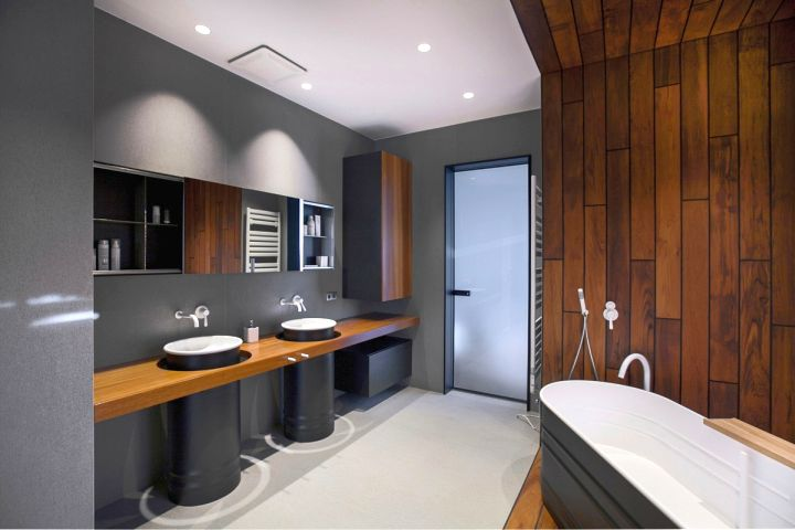 st petersburg loft bathroom