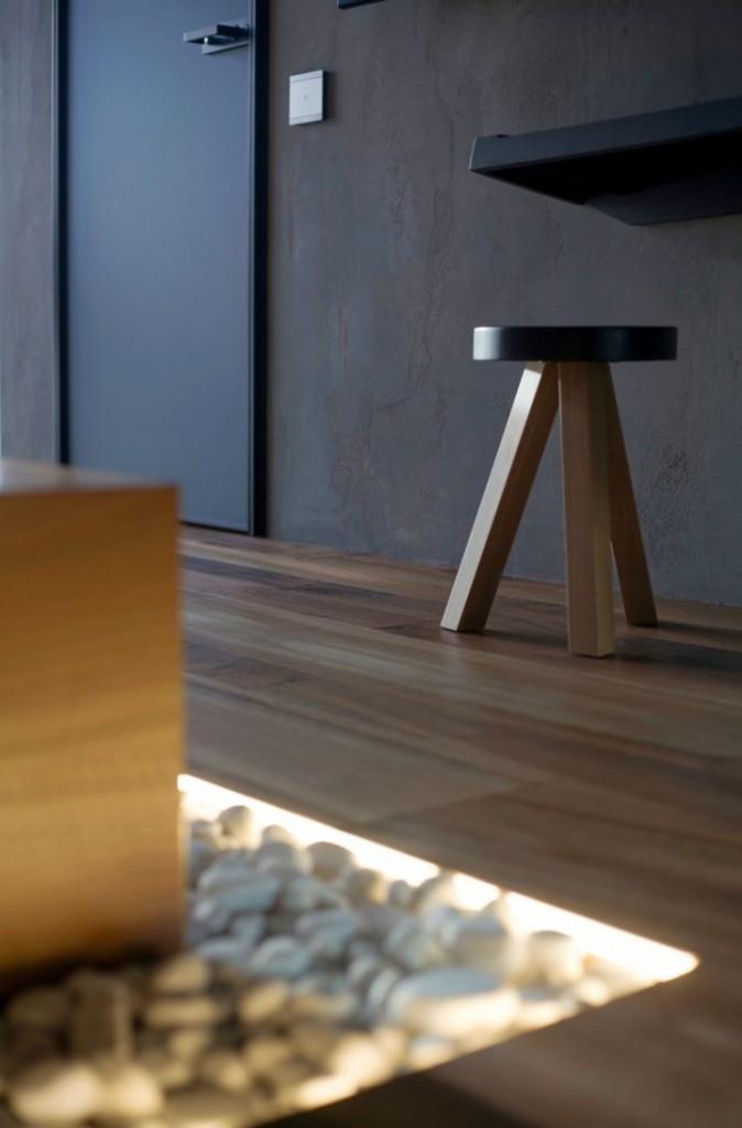 st petersburg loft detail on simple stool