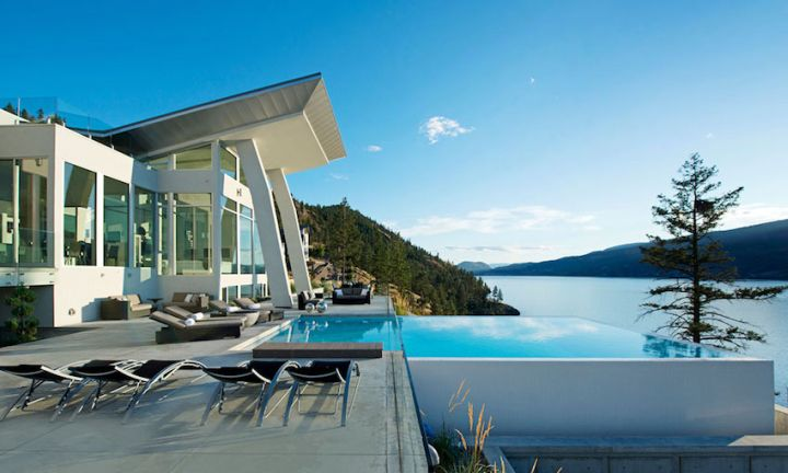 ultramodern lake house pool