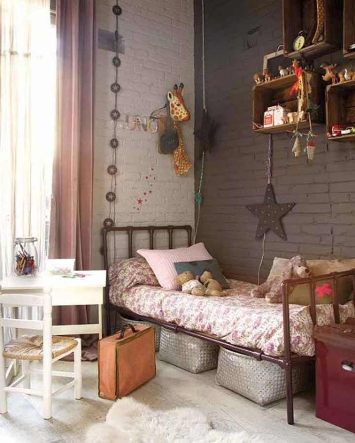 vintage bedroom decoration ideas with floating box shelves