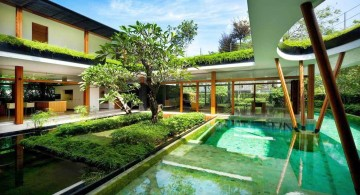 water lily house pool