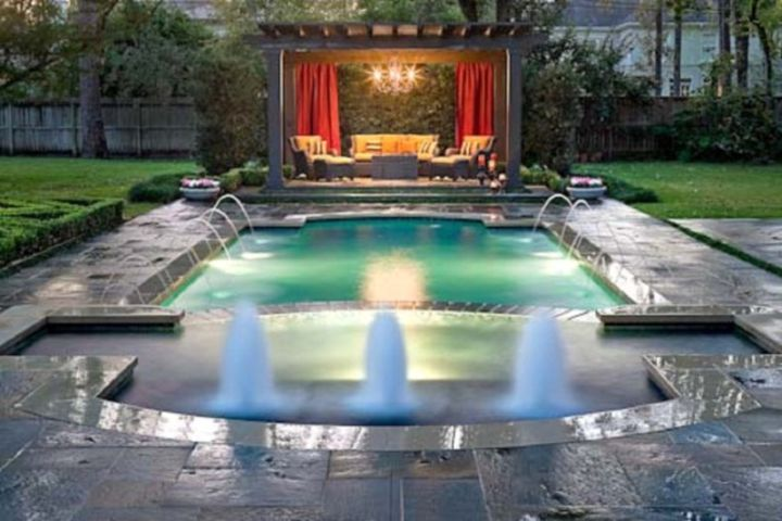 20 great swimming pools for small spaces design ideas for Swimming pool gazebo designs