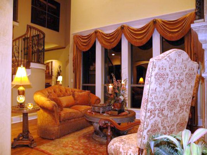 20 Amazing Living Rooms With Tuscan Decor - Housely