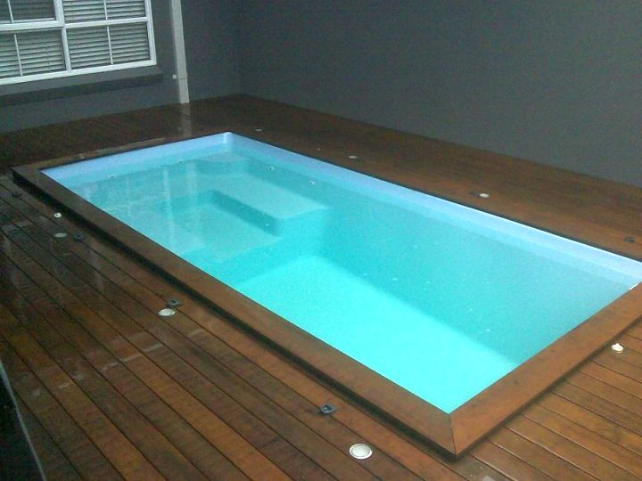Indoor swimming pools for small spaces - Small swimming pools ...