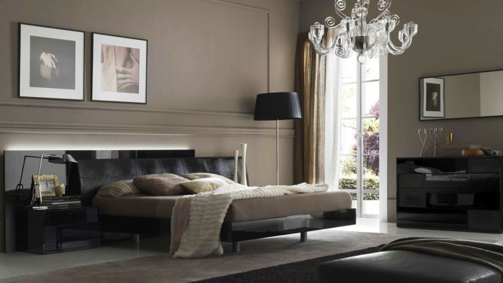 luxurious bachelor bedroom decorating ideas with crystal chandelier