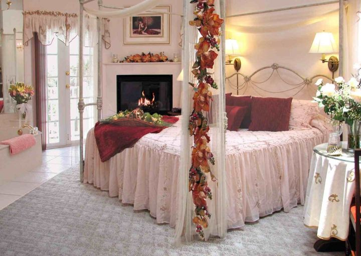 20 Most Romantic Bedroom Decoration Ideas