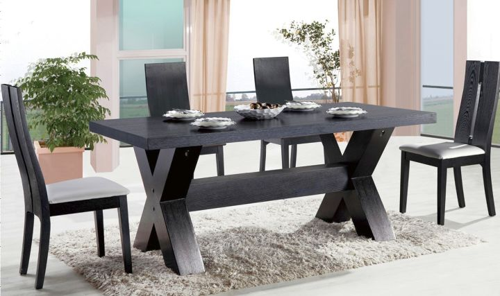 So, What Do You Think About Zen Dining Rooms In All Black With Contemporary Dining  Table Above? Itu0027s Amazing, Right? Just So You Know, That Photo Is Only ...