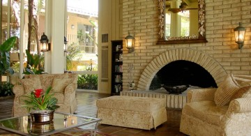 Mediterranean Home Decor with ivory wall