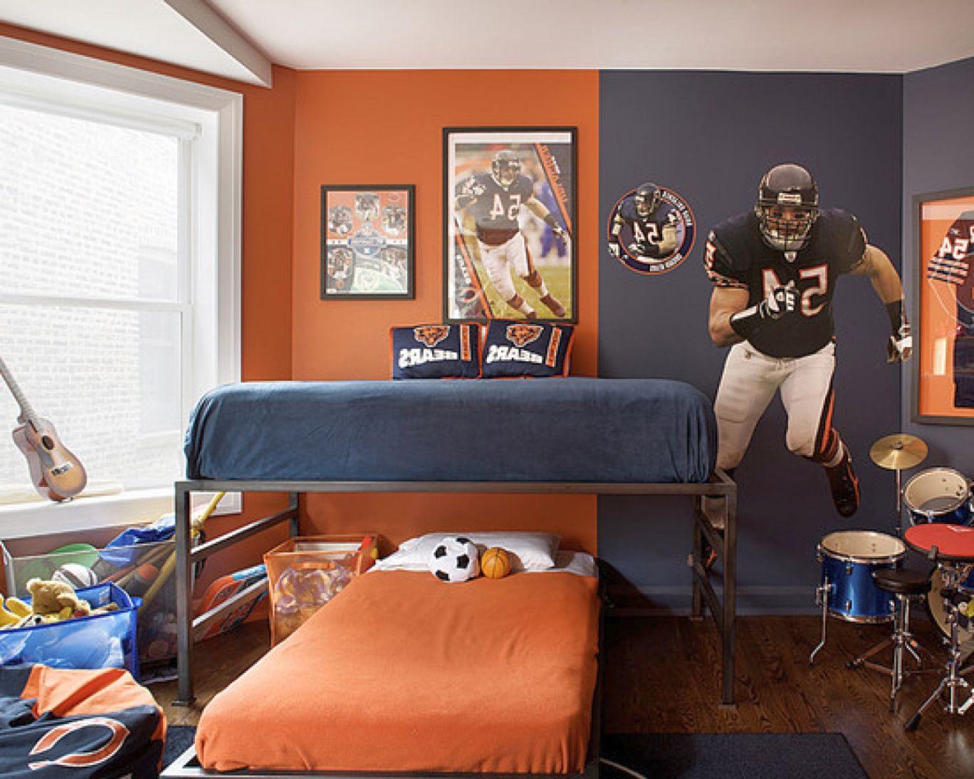 12 Superb Room Decor Ideas for Teenage Boys on Rooms For Teenage Guys  id=34763