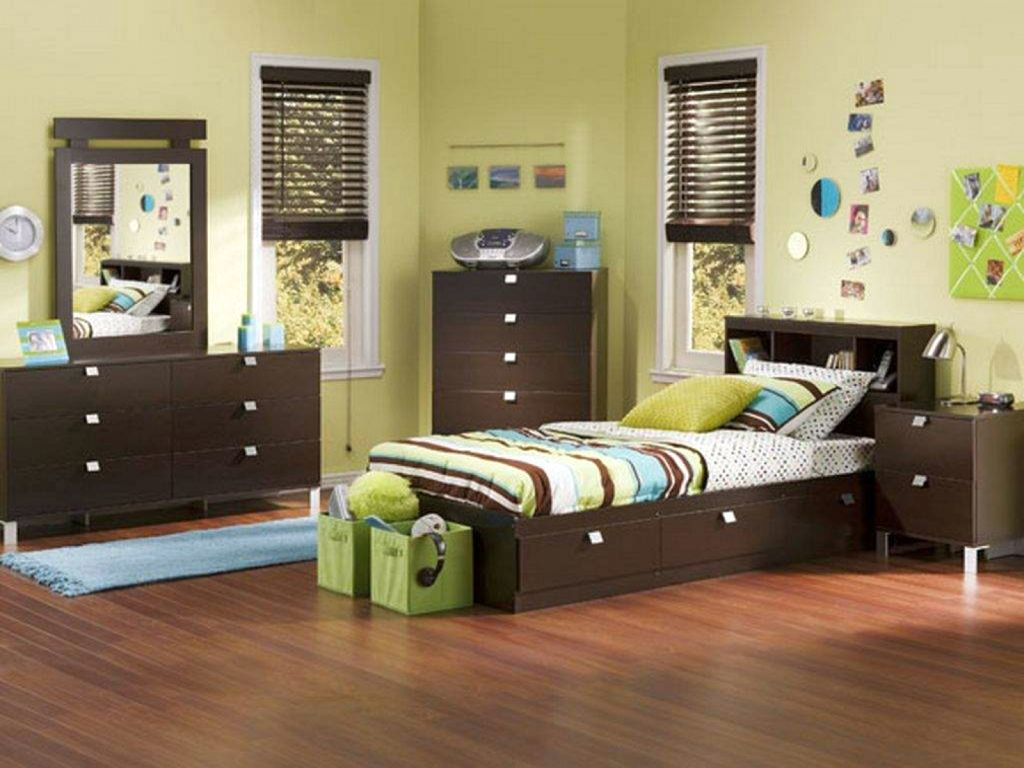 17 Cool Bedrooms for Teenage Guys Ideas on Cool Bedroom Ideas For Teenage Guys  id=34767