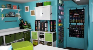 hang out room ideas with craft equipments