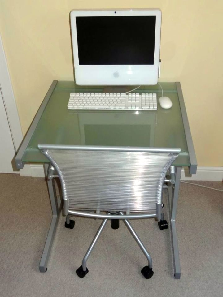 stel and Acrylic Computer Desk