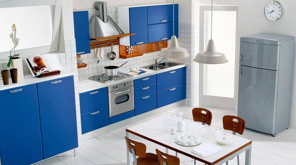 White And Blue Cabinet Por Paint Colors For Kitchen