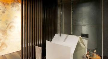 Agalarov Estate shower
