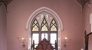 Gothic bedrooms with tall ceiling