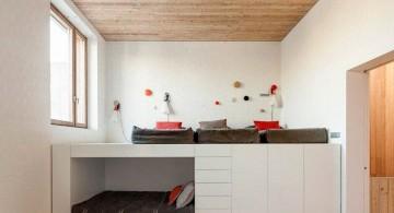 House 1014 bedroom