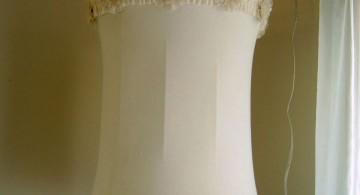 Rosette lamp shade for hanging lamp