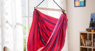 bedroom swings in red