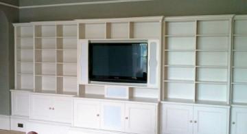built in TV and bookshelf