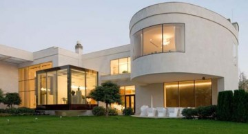 close up front view of Agalarov Estate in Moscow, Russia by SL Project
