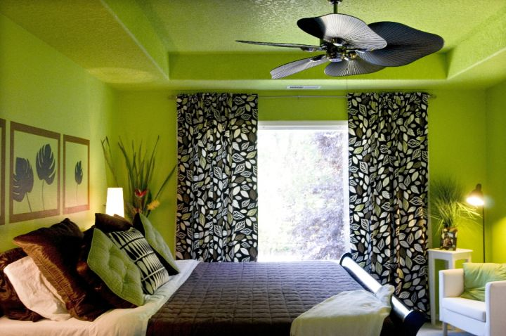 So What Do You Think About Lime Green Bedroom With Black Curtain And Leaf Shaped Fan Above It S Amazing Right Just Know That Photo Is Only One