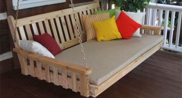 simple Outdoor swinging beds