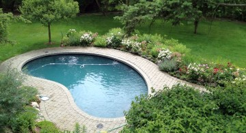 small and hiden kidney shape pool
