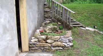 small rock garden designs on the corner