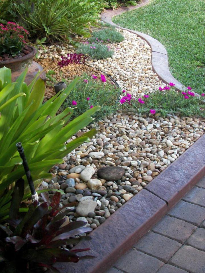 Small Simple Rock Garden Ideas