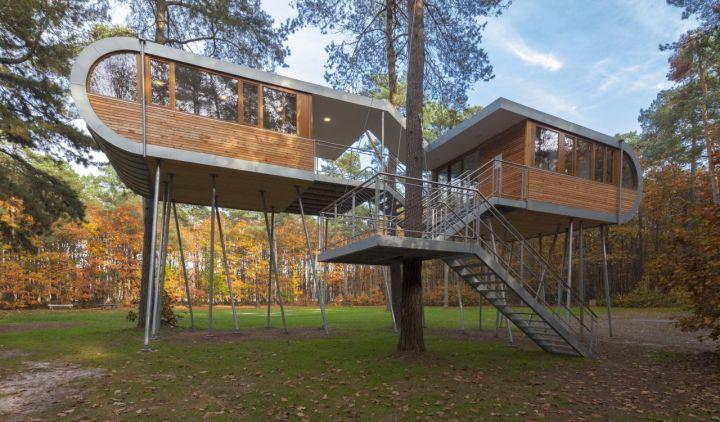 Contemporary Tree House Treehouse On Stilts
