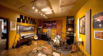 panoramic studio and home music room