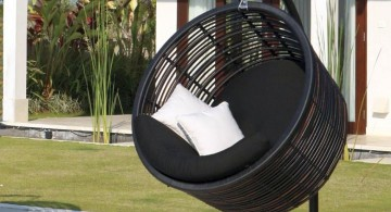 black round reading chair