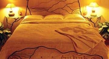 minimalist most romantic bedrooms with lightbulbs decoration